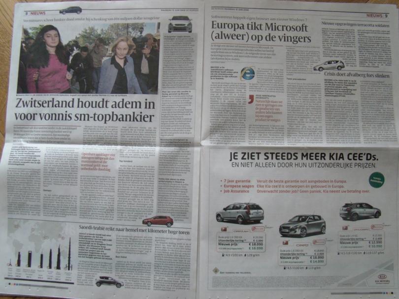 Op pagina 8 en 9 van de krant van 15/6 rijden autootjes tussen de alinea's door.
