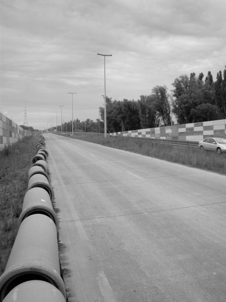 Tegen alle afspraken in gaat de weg richting Zelzate en Middelburg omhoog. Heren bruggenbouwers, welke spelletje spelen jullie hier met de burger?
