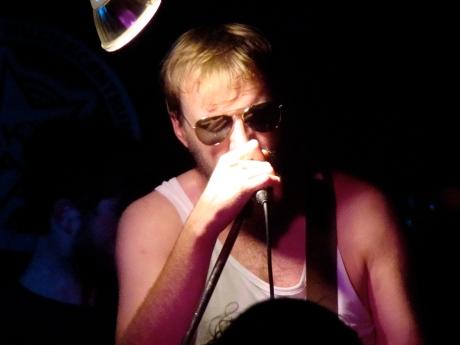 Dieter Claus, frontman van Luxemburger, deed menig meisjeshart sneller slaan met zijn doorrookte stem.