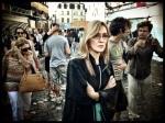 Gechoqueerd en verontwaardigd schrijden toeristen over de leeglopende Vlasmarkt.