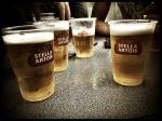 Een hele nacht feesten sluit je af met de premiumpils Stella. Dit bier weet dat waar ons huis staat.