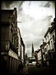 De toren van Sint-Jacobs is een baken voor elkeen die van de Vlasmarkt verdwaalt.