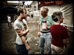 Amerikaanse christenen komen over Jezus praten tegen de zatlappen van de Vlasmarkt. Die zijn natuurlijk zeer onder de indruk.